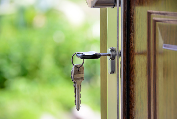 A2B Locks are able to provide local locksmiths in South Croydon to repair your broken locks.